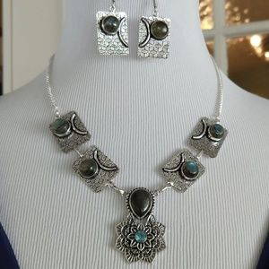 Jewelry - Fancy labradorite stamped 925 necklace set